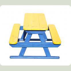 Цветной стол с лавочками