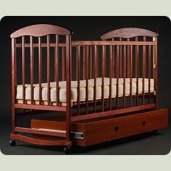 Детская кроватка Наталка Маятник Тонированная