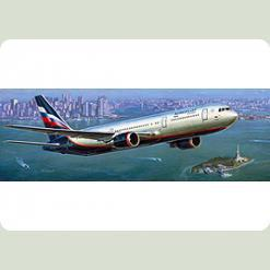 "Пасс. авиалайнер ""Боинг 767-300"""