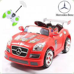 Дитячий електромобіль Mercedes, червоний