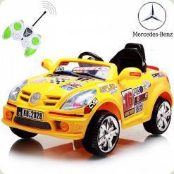Дитячий електромобіль Mercedes, жовтий
